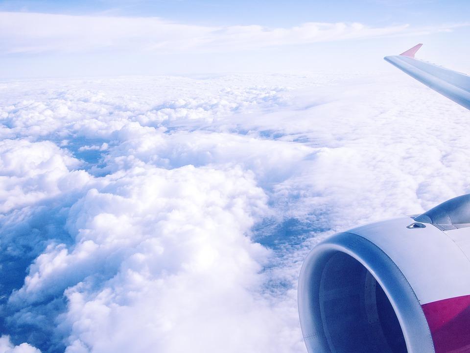airplane-2230827_960_720