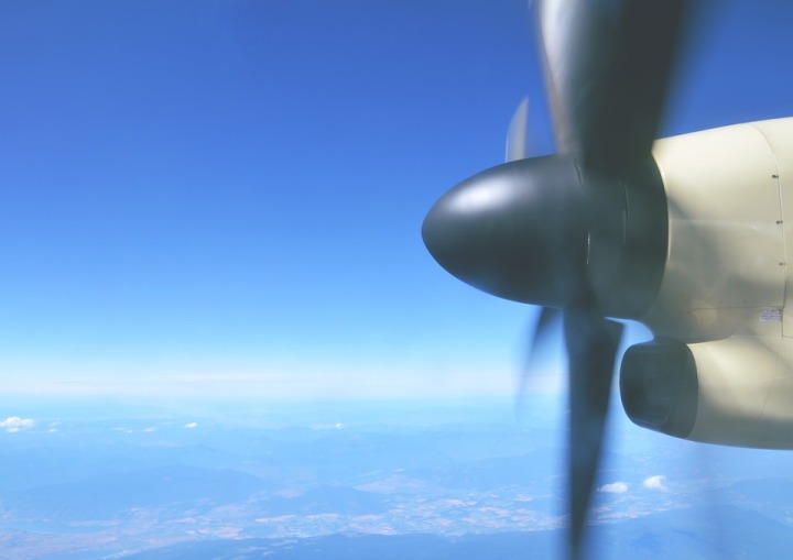 plane-801868_960_720