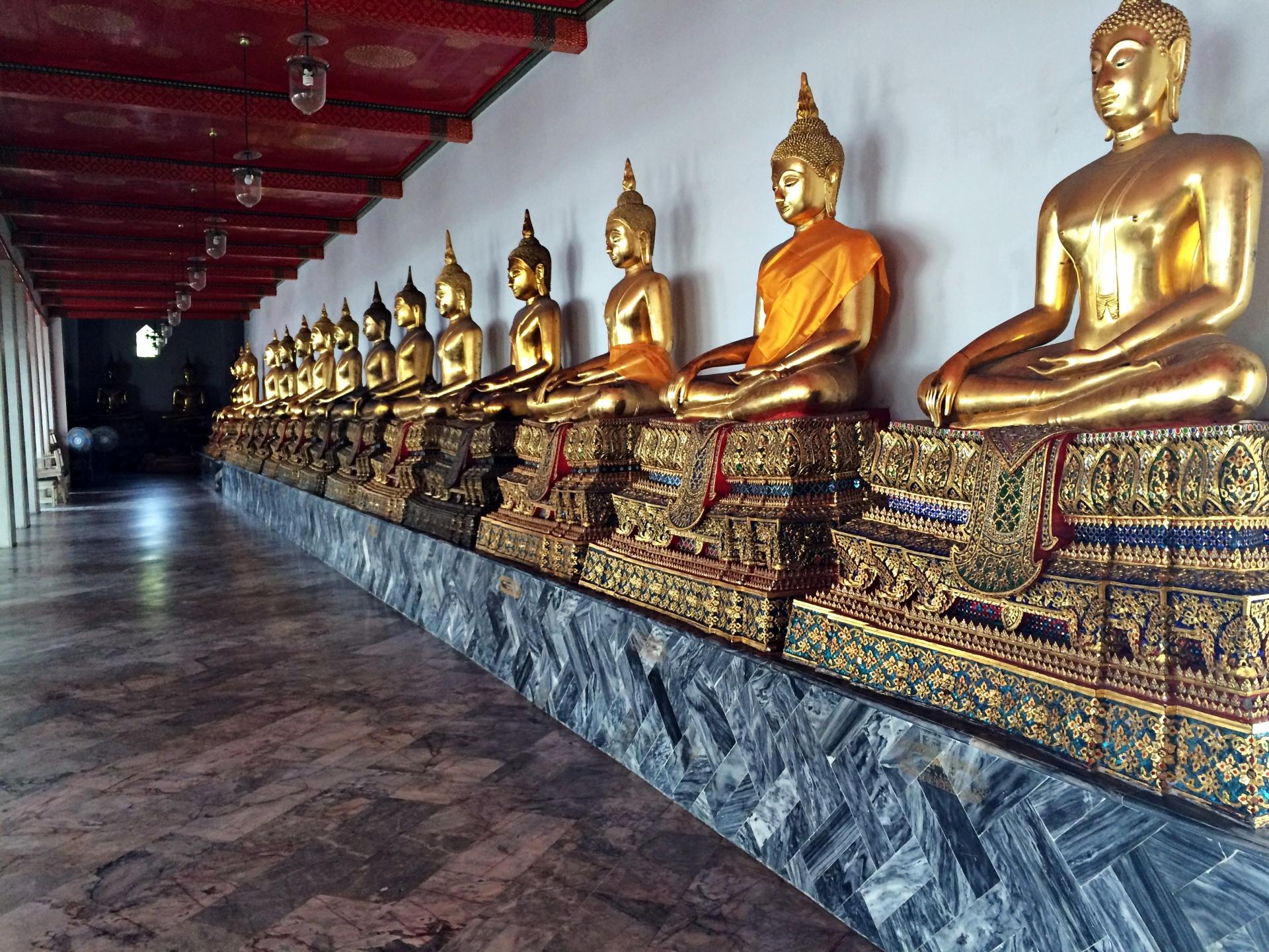vany visits bangkok great palace