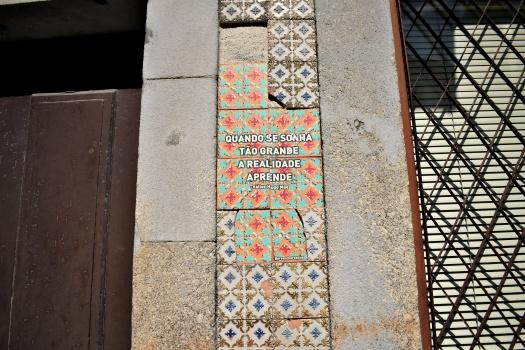 vany visits_streetart_porto_25