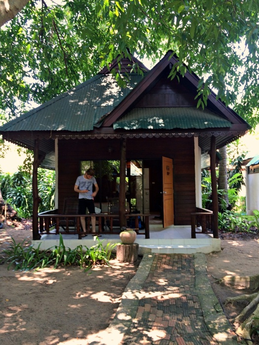 vany visits_railay beach_bungalow